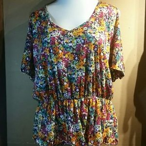 Woman's Lane Bryant blouse size 18/20W